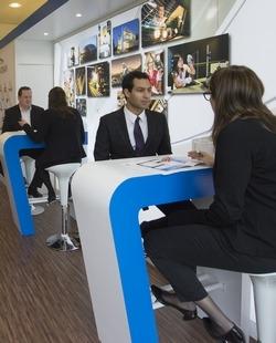 comment les entreprises s duisent les tudiants d 39 coles de commerce coles le parisien etudiant. Black Bedroom Furniture Sets. Home Design Ideas
