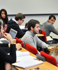 Ecoles Les Business Schools Misent Sur L Alternance Ecoles Le