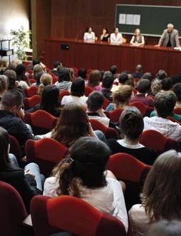 Alternance Temoignages D Apprentis Diplomes Et Entreprises