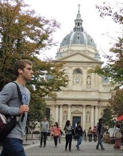 Sorbonne Calendrier.Rentree Universitaire Les Etudiants Debarquent A La Fac