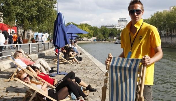 les jobs d 39 t les plus cool stages jobs le parisien etudiant. Black Bedroom Furniture Sets. Home Design Ideas