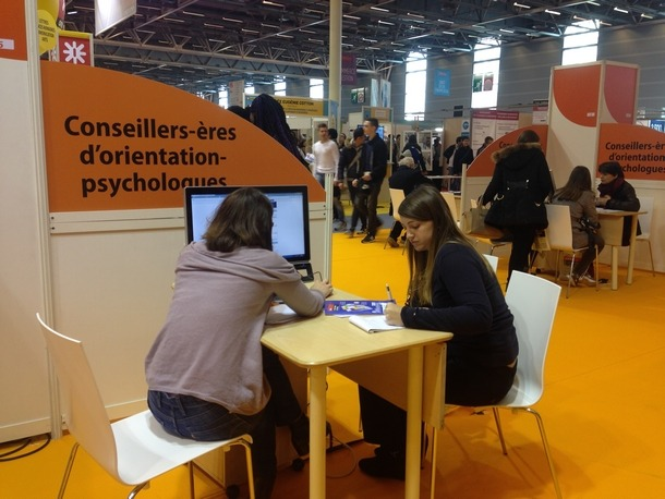 le salon de l 39 education en photos les stands et